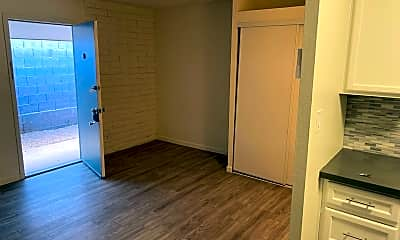 Bathroom, 123 W Missouri Ave, 2