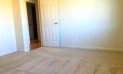 Living Room, 1013 Echo Rd, 2