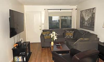 Living Room, 2641 Broad St, 2