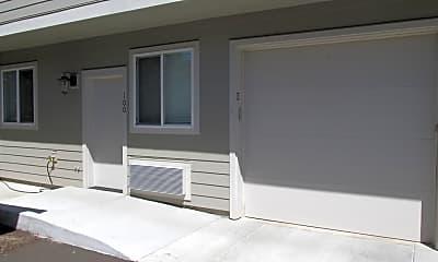 Patio / Deck, 8049 SE Center St, 1