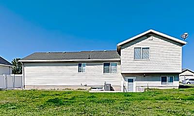 Building, 2197 W 2100 S, 2