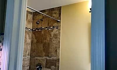 Bathroom, 175 Richmond Blvd, 2