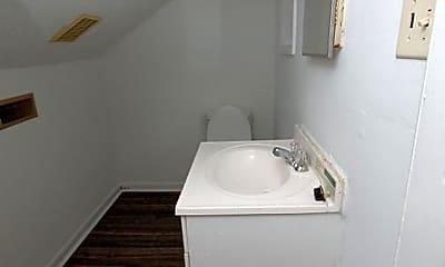Bathroom, 1212 E Elm St, 2