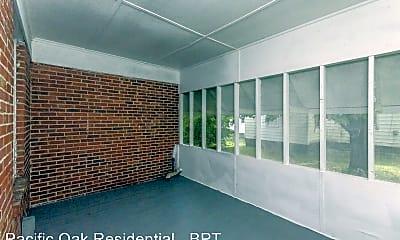 Bedroom, 112 E Bayshore Blvd, 2