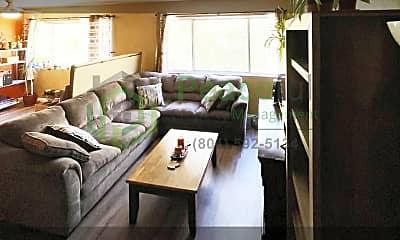 Living Room, 131 S 1000 E, 1