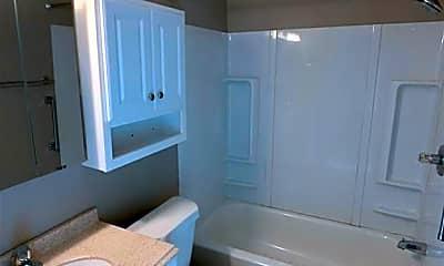 Bathroom, 5503 Southern Blvd, 2