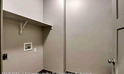 Bathroom, 12682 S Doc Sorenson Ln, 2