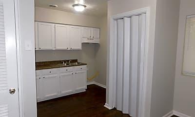 Kitchen, 2825 Belvedere Ln, 0