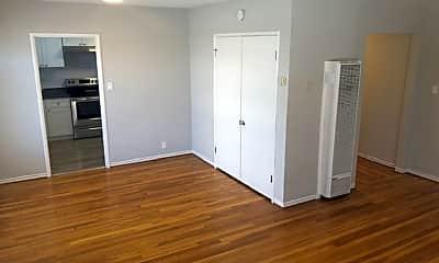 Bedroom, 872 Warfield Ave, 1