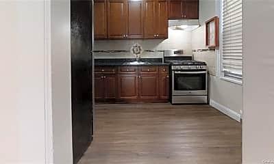 Kitchen, 644 W 207th St, 2