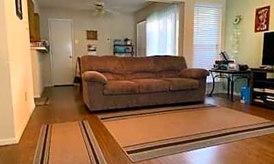 Living Room, 7591 Tournament Rd, 1