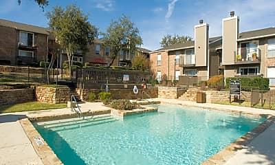 Pool, Westgate & Glen Arbor, 0