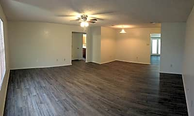 Living Room, 4605 Mustang Dr, 1