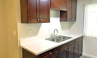 Kitchen, 447 S Berendo St, 1
