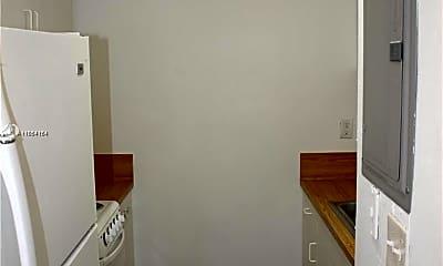 Bathroom, 11098 SW 107th St 209, 1