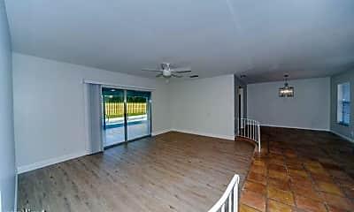 Living Room, 1700 SW 9th St, 1