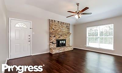 Living Room, 7509 Evergreen Dr, 1