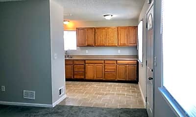 Kitchen, 2175 Jarvis Ave, 1