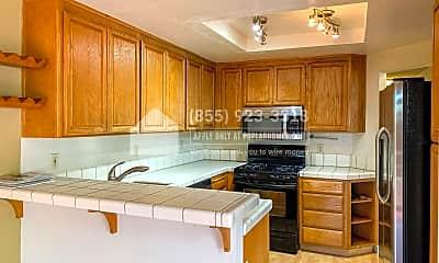 Kitchen, 444 Glenmoor Cir, 0