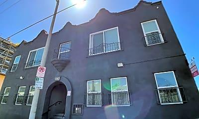 Building, 4234 Mont Clair St, 1