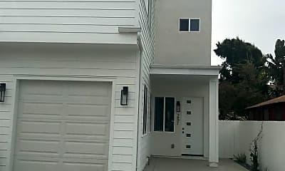 Building, 251 Dahlia Ave, 1