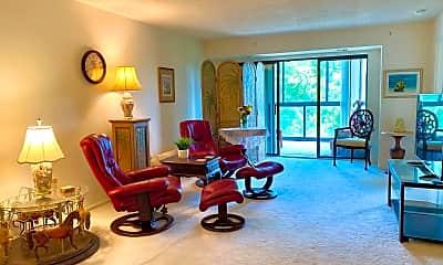 Living Room, 15100 Interlachen Dr 722, 1