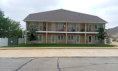 Eastland Apartments, 2
