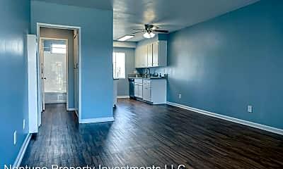 Living Room, 14833 W Magnolia Blvd, 0