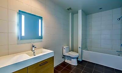 Bathroom, The Superior at Venice, 2