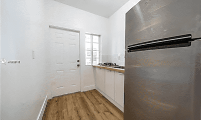 Kitchen, 235 SW 79th Ave, 1