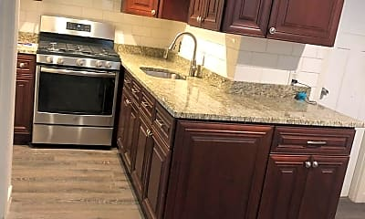 Kitchen, 98 Osgood St, 2