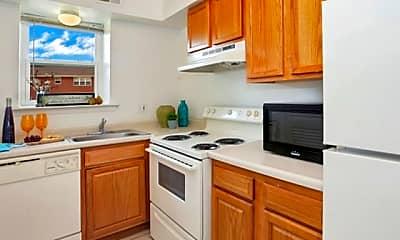 Kitchen, Liberty Pointe, 1