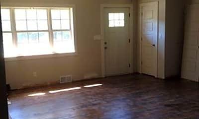 Living Room, 510 S Duncan Ave, 2
