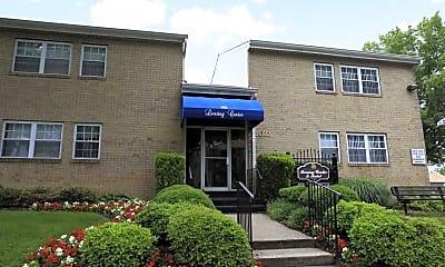 Building, Park East Apartments, 2