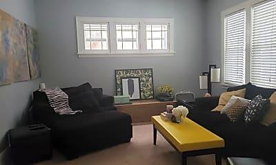 Living Room, 2721 Fremont Ave S, 1