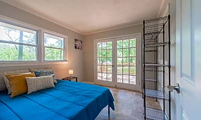 Bedroom, Room for Rent -   a 4 minute walk to bus 107, 0