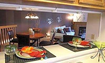 Dining Room, 4354 Oak Lawn Avenue, 1