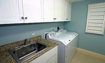 Kitchen, 325 3rd St S 6, 2
