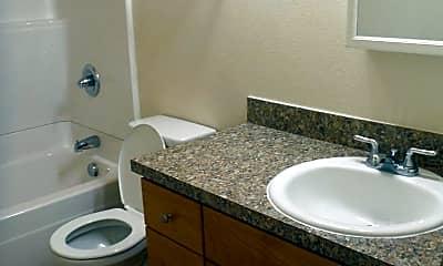 Bathroom, 615 SE 187th Ave, 2