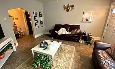 Bedroom, 1321 Breed St, 1