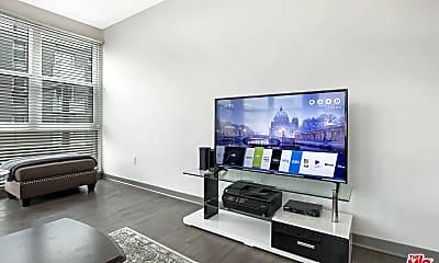 Living Room, 200 W Wilson Ave 2329, 1