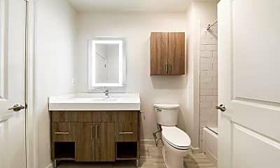 Bathroom, 218 Arch St 506, 2