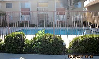 Mountain View Apartments, 2