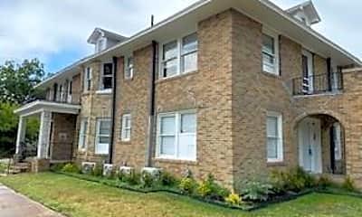 Building, 1946 Fairmount Ave 202, 1