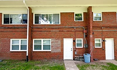 Building, 6060 E 16th St, 2
