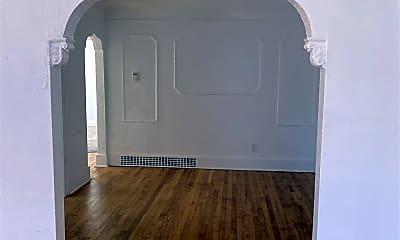 Living Room, 14287 Freeland St, 1