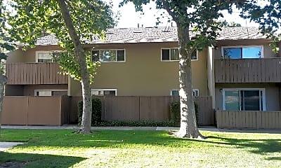 Building, 2916 W Swain Rd, 1