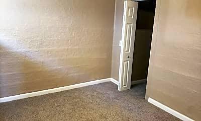 Bedroom, 1530 E 6th St, 2