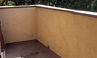 Patio / Deck, 810 N Minter St, 2