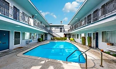 Pool, 323 E Chestnut St, 2